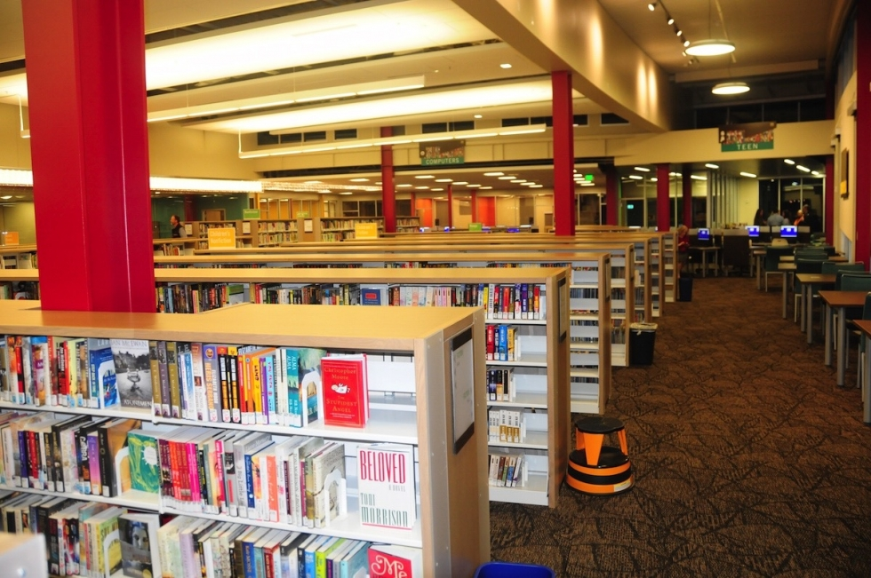 New Glendale Library Opens its Doors