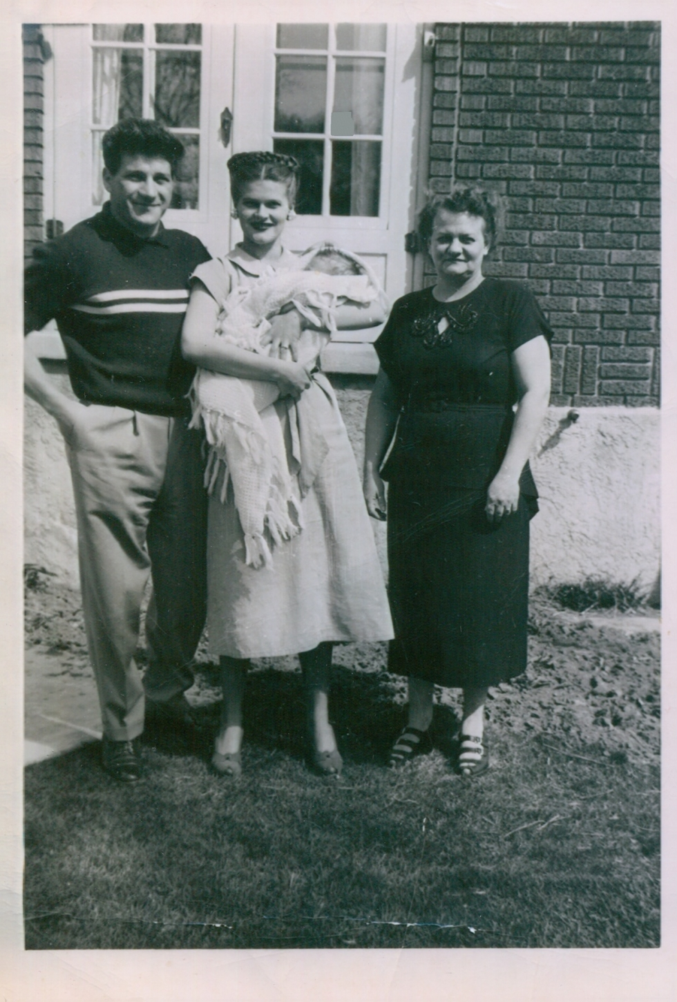 Tony's father Nick and mother Mary Lou and maternal grandmother Virginia